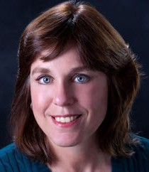 Photo of Faculty, Lisa Henderson